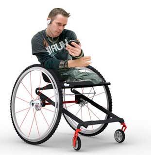 chaise roulante enfant id es d 39 images la maison. Black Bedroom Furniture Sets. Home Design Ideas